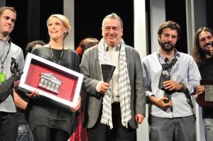 Foto de familia de los premiados. FOTO: Jorge Dueso